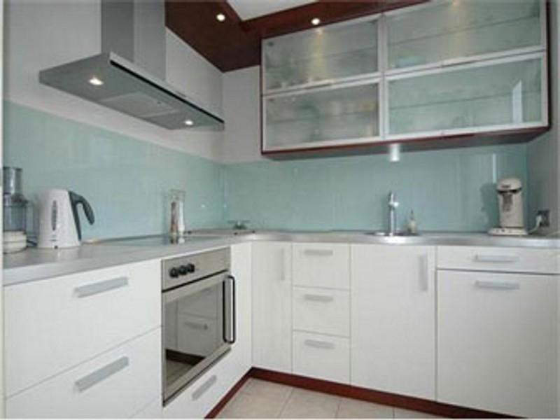 Glazen Spatwand Keuken : Spatwand verfspecialist lassooy